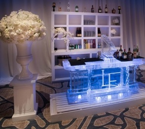WHITE-TRADITIONS-BAR-BACK-2
